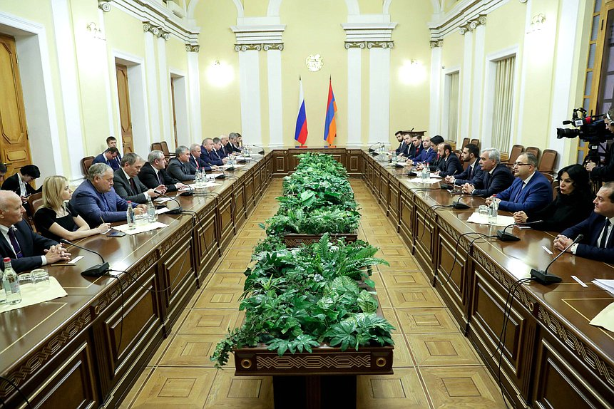 Meeting of Chairman of the State Duma Viacheslav Volodin with President of the National Assembly of the Republic of Armenia Ararat Mirzoyan