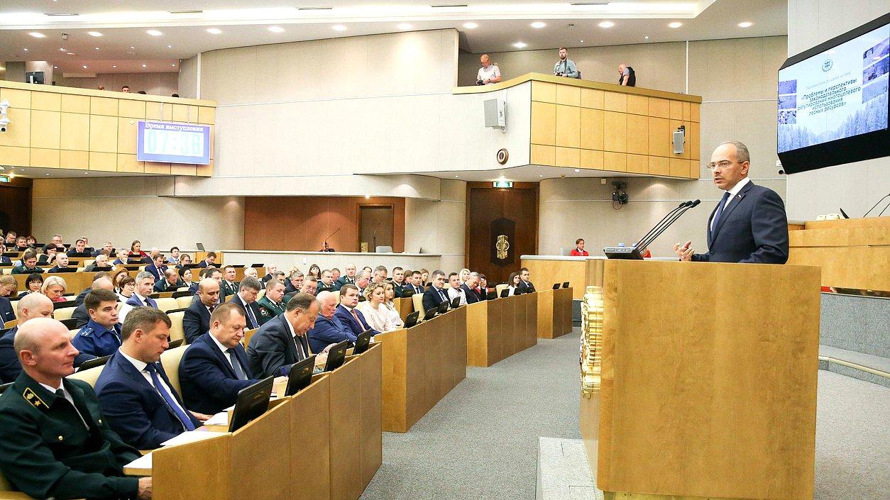 Председатель Комитета поприродным ресурсам, собственности иземельным отношениям Николай Николаев