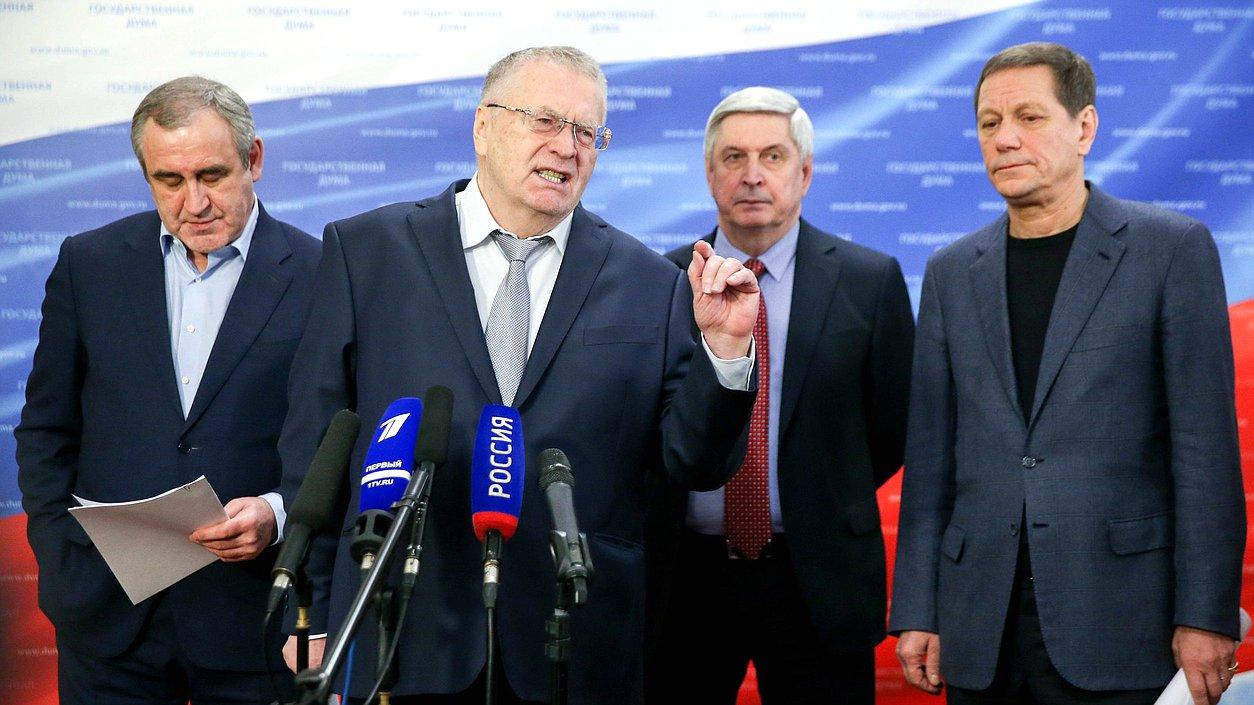 Руководитель фракции ЛДПР Владимир Жириновский