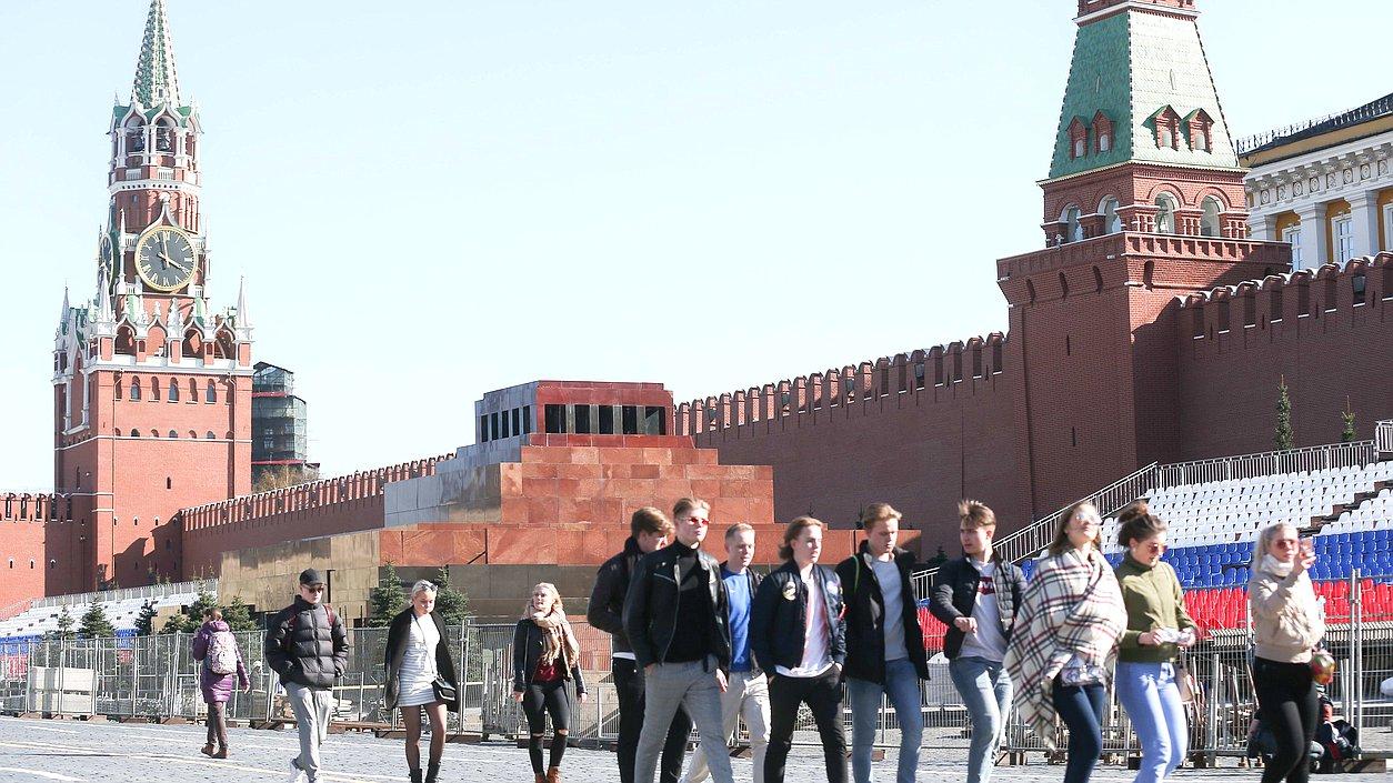 3bff09df7f24 Упрощается получение российского вида на жительство