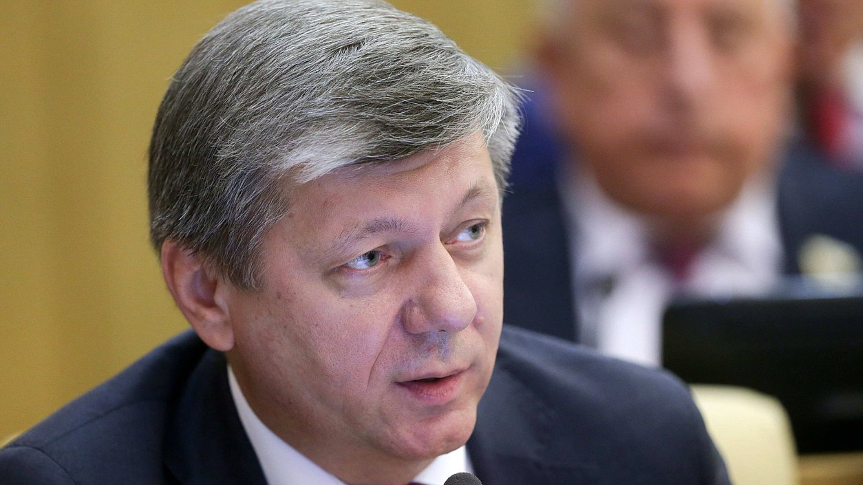 First Deputy Chairman of the Committee on International Affairs Dmitrii Novikov