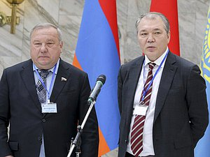 Chairman of the Committee on Defence Vladimir Shamanov and Chairman of the Committee on Issues of the Commonwealth of Independent States and Contacts with Fellow Countryman Leonid Kalashnikov