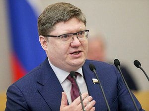 First deputy head of the United Russia faction Andrey Isaev