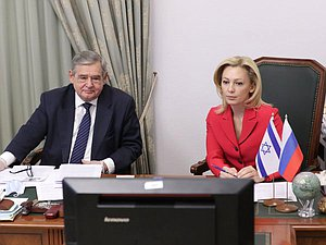 Member of the Committee on Budget and Taxes Nikolai Gonchar and Deputy Chairwoman of the State Duma Olga Timofeeva