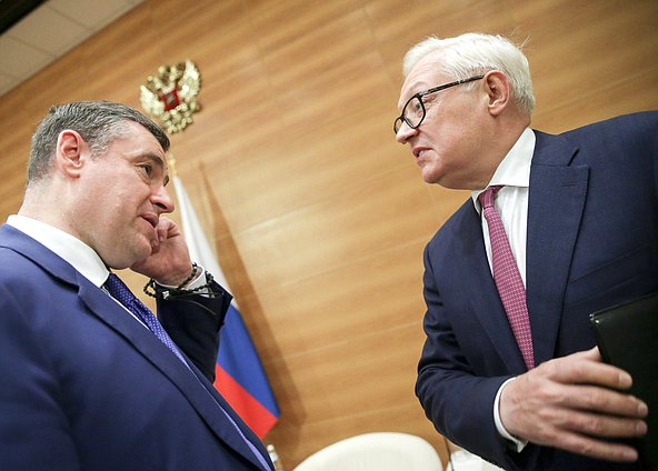 Chairman of the Committee on International Affairs Leonid Slutskiy and Deputy Minister of Foreign Affairs of the Russian Federation Sergey Ryabkov