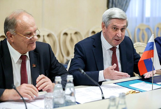 First Deputy Chairman of the State Duma Ivan Melnikov and leader of CPRF faction Gennady Zyuganov