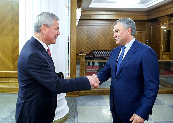 Chairman of the House of Representatives of the National Assembly of the Republic of Belarus Vladimir Andreichenko and Chairman of the State Duma Viacheslav Volodin
